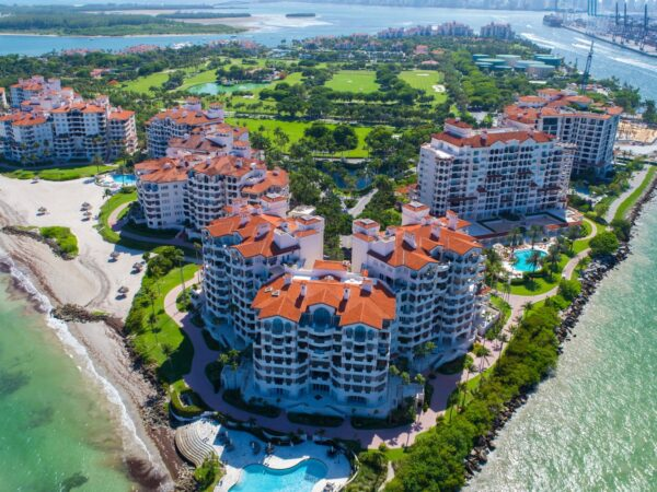 Fisher Island FL Miami Beach Uply Media Inc